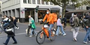 Njemačka ulazi u jednomesečna ograničenja kako bi smanjila širenje koronavirusa