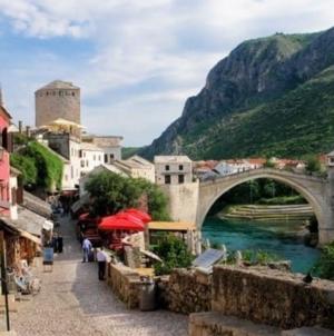 Danas počinje izborna kampanja za lokalne izbore u Mostaru