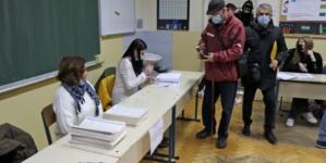 """Koalicija """"Pod lupom"""": Izborni dan u Gradu Mostaru započeo bez većih problema"""