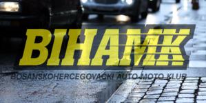 BIHAMK: Na većini putnih pravaca u BiH jutros se saobraća po mokrom kolovozu