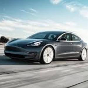 Japan planira ukinuti automobile s benzinskim motorom