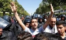 Novi protesti u Tunisu nakon smrti mladića