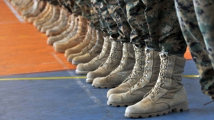Američke vojnikinje moći će puštati dugu kosu, vezati konjski rep, imati ruž
