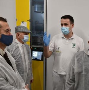 Premijer Hodžić i ministar Smajlović posjetili savremeni Repro centar i Inkubatorsku stanicu kompanije BIngo