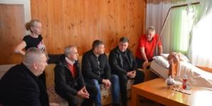 Delegacija Koordinacije boraca TK u posjeti teško nastradalom Seadu Gašiju iz Srebrenika