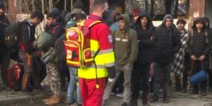 Policija USK izmjestila više od 200 migranata iz napuštenih objekata u kamp Lipa