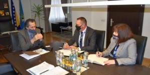 Premijer Hodžić primio u posjetu delegaciju OSCE-a
