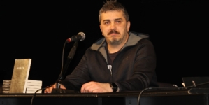 "U Tuzli promovisan roman ""Blank"", autora Feđe Štukana"