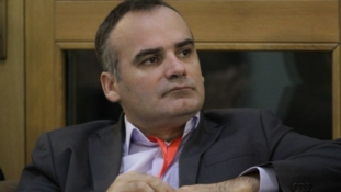 Dino Mustafić najbolji reditelj na Panalbanskom festivalu u Tirani
