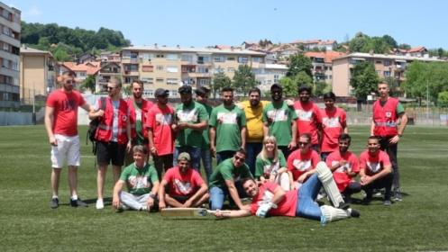 Na Svjetski dan izbjeglica u Tuzli kriket utakmica i izložba