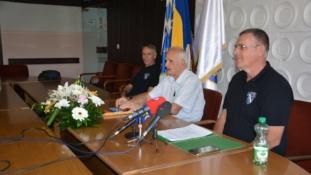 Press konferencija Kluba PL Tuzla: Nismo bili jednonacionalna već jedinica svih nacionalnosti i istinskih patriota Tuzle