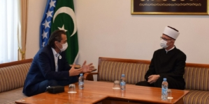 Muftija Fazlović i premijer Hodžić zajedno pozvali građane da se vakcinišu