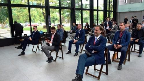 Premijer Hodžić svečano otvorio prvi Samit mladih TK