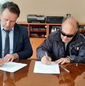 Ministar Ahmetović potpisao ugovore o dodjeli stanova